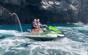 Gasolina incluida para motos de agua con licencia en Tenerife