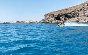 Conduce una moto de agua libremente con tu carnet en Tenerife